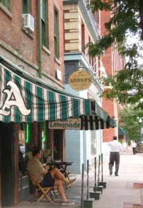 arnolds bar and grill cincinnati