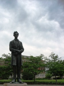lytle park abraham lincoln statue