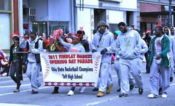 cincinnati reds opening day parade taft basketball