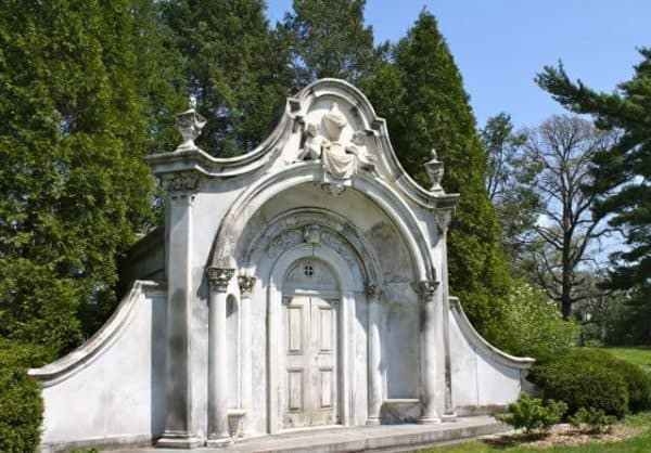 spring grove cemetery cincinnati walking tours