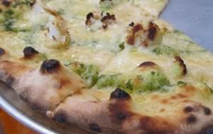 a tavola pizza cincinnati