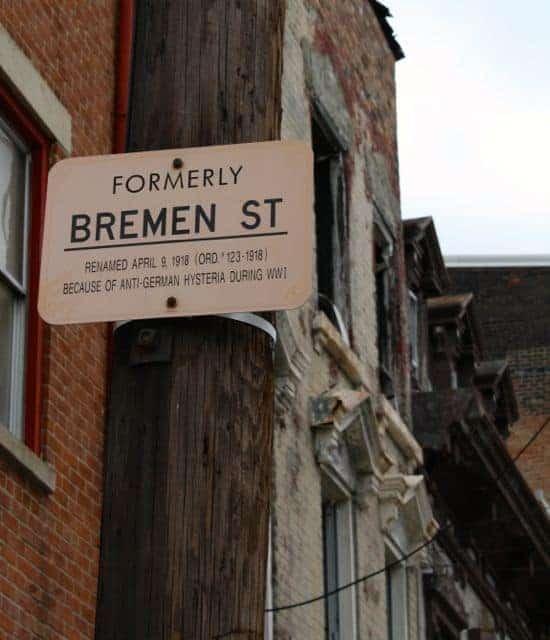 spirit of christmas tour bremen street sign