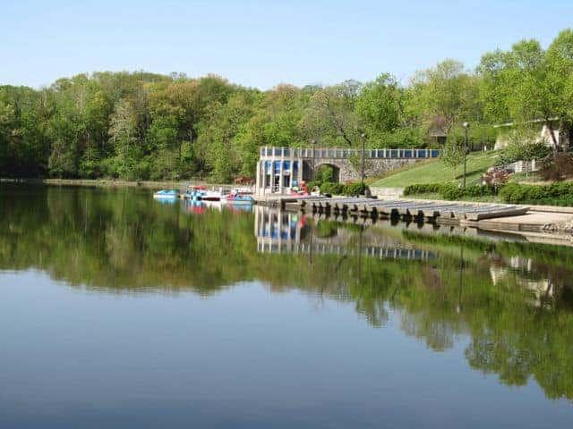 sharon woods boathouse and lake