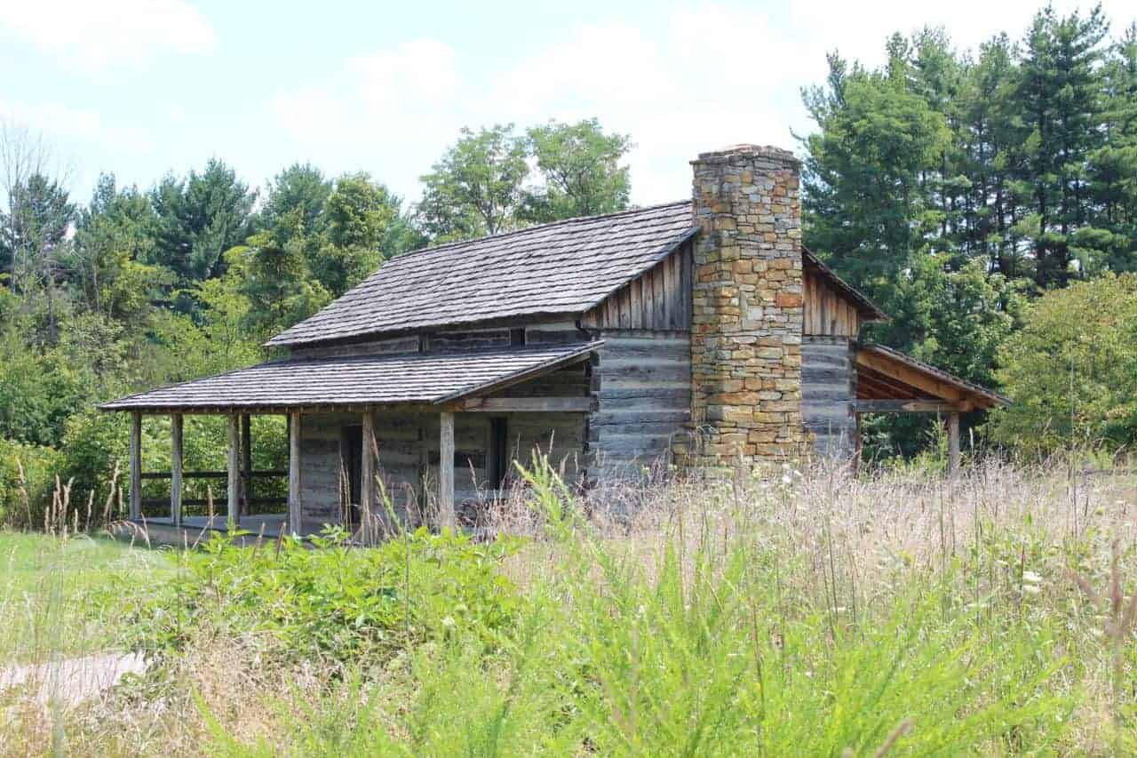 Abner Hollow Pioneer Cabin at CNC