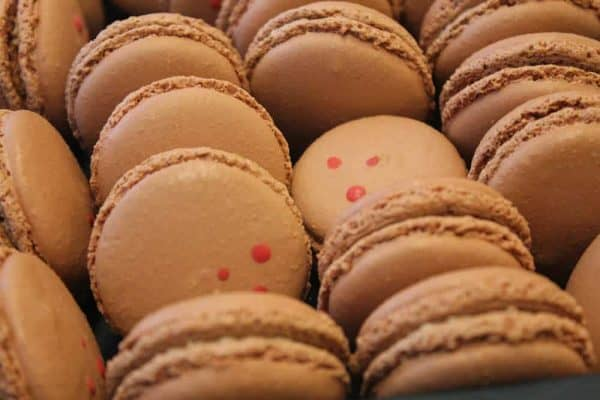 Chocloate Macarons at the Macaron Bar