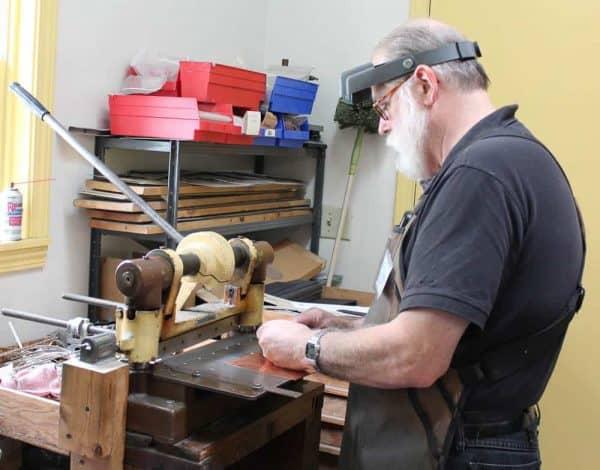 Making jewelry at Glastineau Studio in Berea
