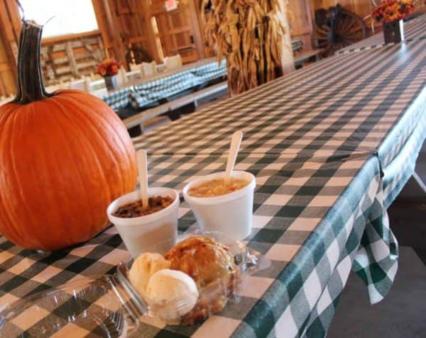 Fall Farm Days food at Bonnybrook Farms
