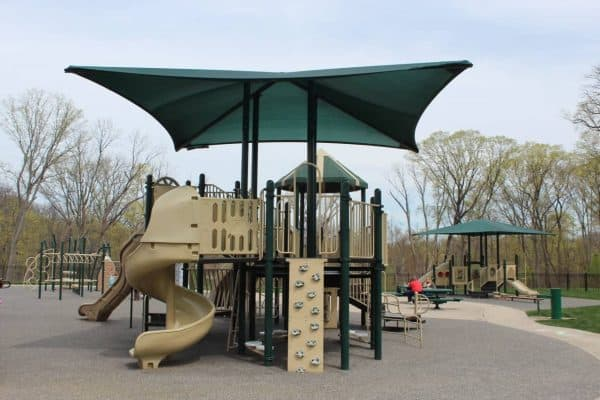 Covered Play Areas at Bicentennial Park