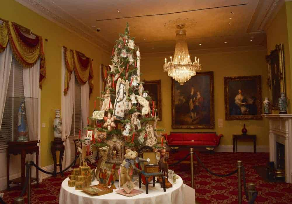 Christmas Tree at the Taft Museum of Art