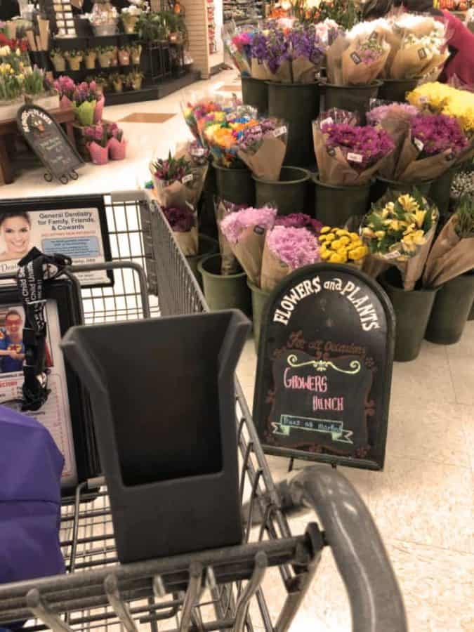 Scan Bag Go scanner holder in Kroger shopping cart