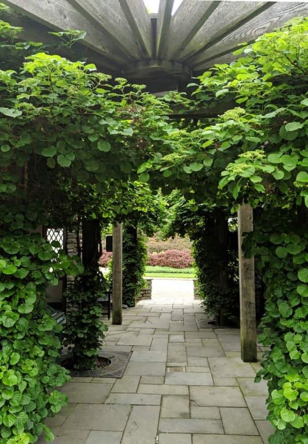 Entrance to Glenwood Gardens