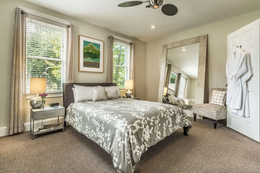 a room at German Village Guest House in Columbus Ohio