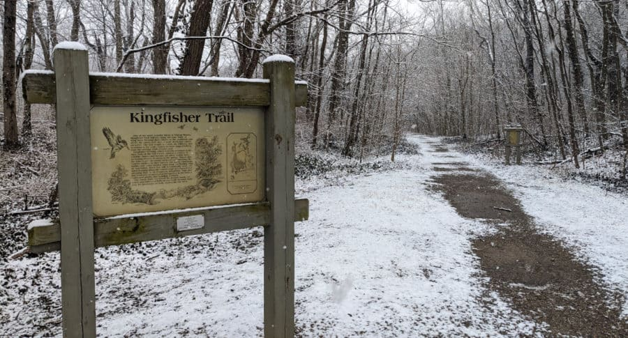 Kingfisher Trail sign and path