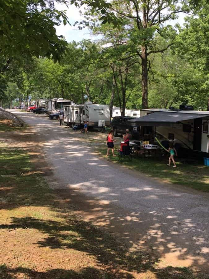 RV camping at Horse Cave KOA