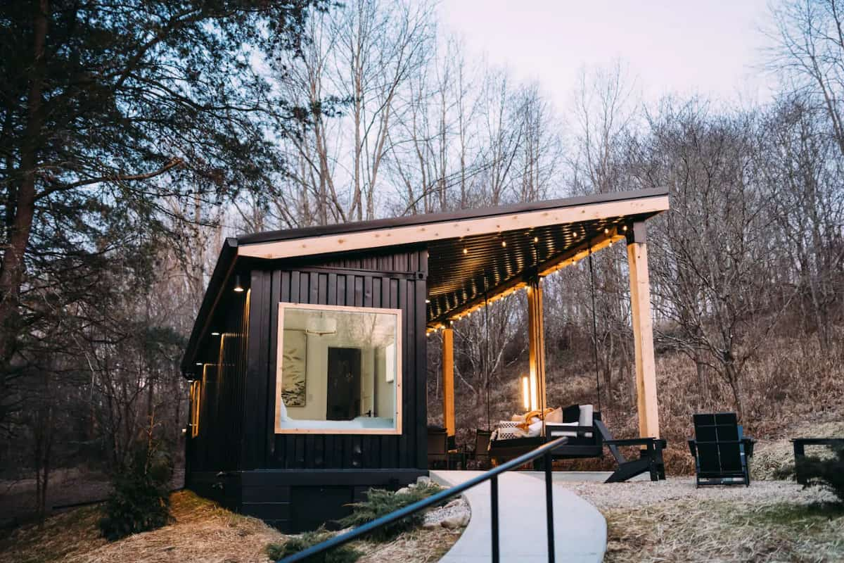 Shipping container rental from Airbnb