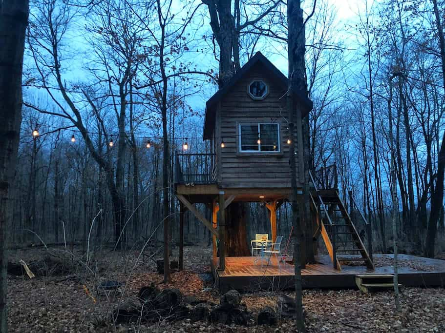 Treehouse Getaway, an Airbnb rental in Xenia Ohio