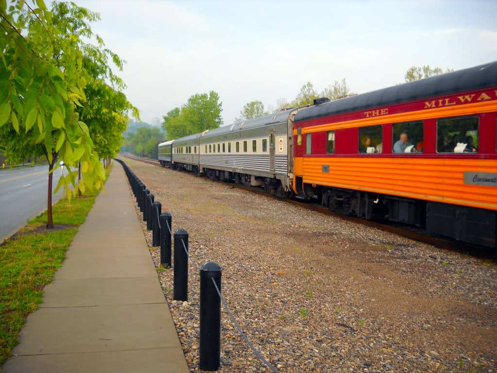 Cincinnati Dinner Train, Train Rides Near Me