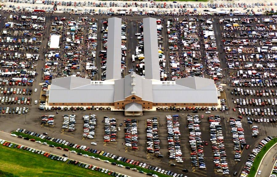 Hartville Marketplace, Hartville Flea Market, Largest flea market in Ohio, flea markets in Ohio