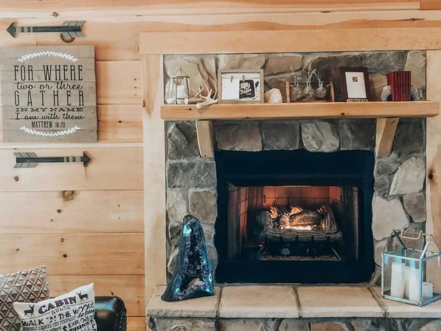 Living space at Cabin on the Ridge in Indiana