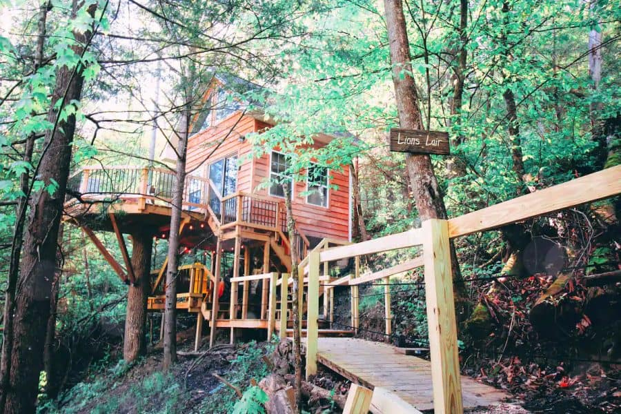 Treehouse near Red River Gorge in Kentucky