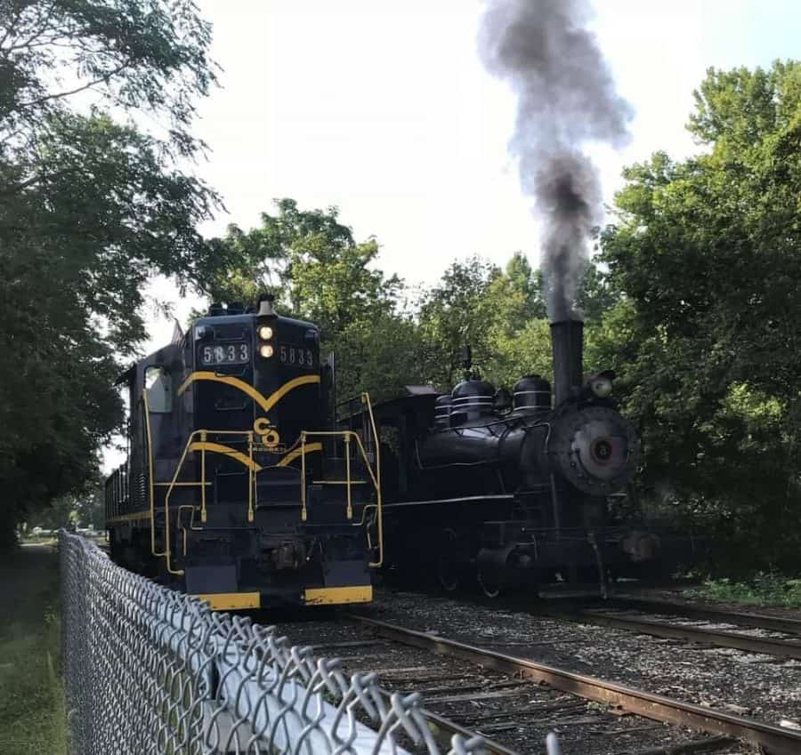 Hocking Valley Scenic Railway train cards on the tracks